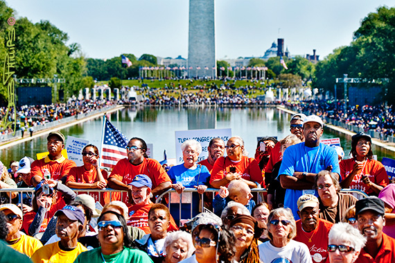 Crowd at the One Nation Working Together Rally at the Lincoln Memorial on 10-02-2010